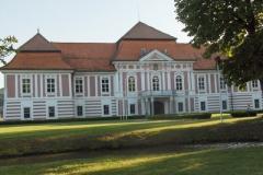 Škofijski dvorec