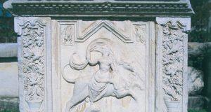 Del Enijeve grobnice