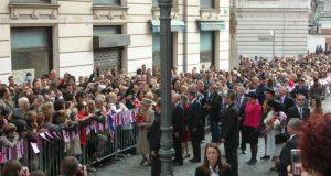 Britanska kraljica na sprehodu v Ljubljani