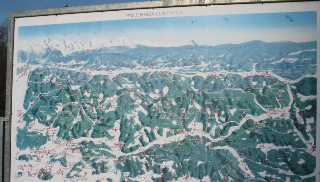 Panoramski pogled na Lukovico z okolico