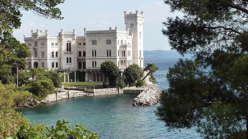 Zgodovina gradu Miramar ima korenine, ki segajo v leto 1885